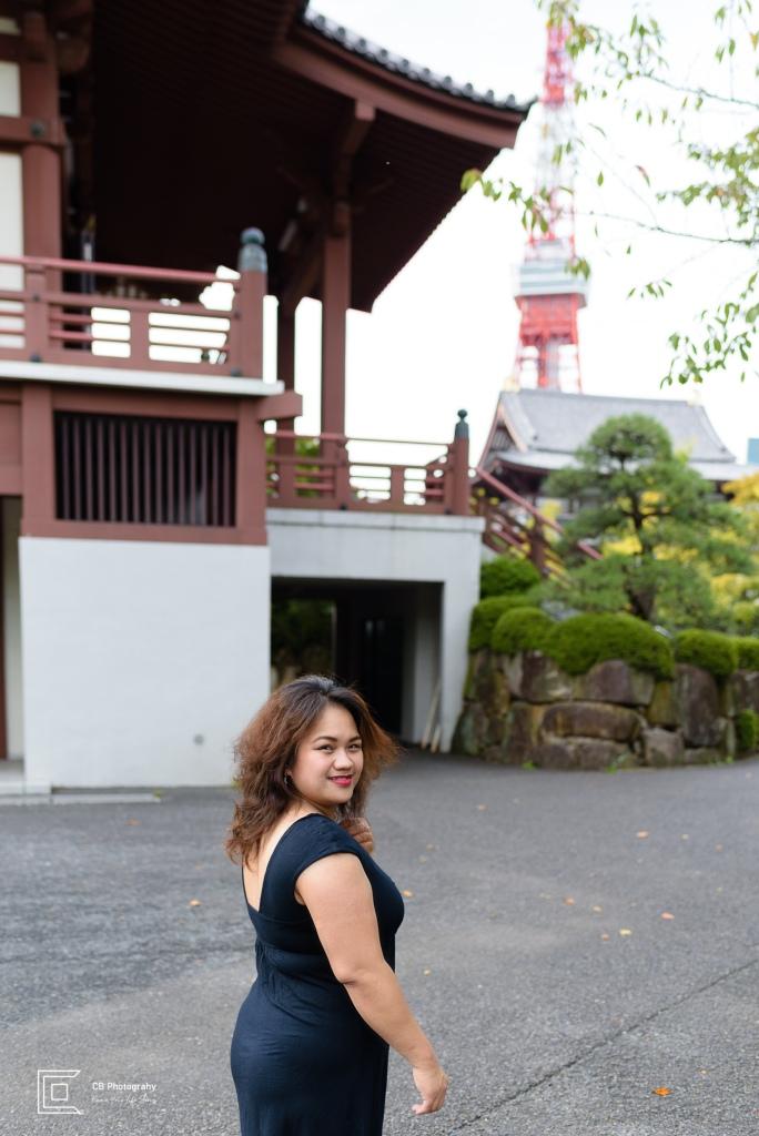 Lifestyle portrait at Zojo-ji Temple, Tokyo, Japan