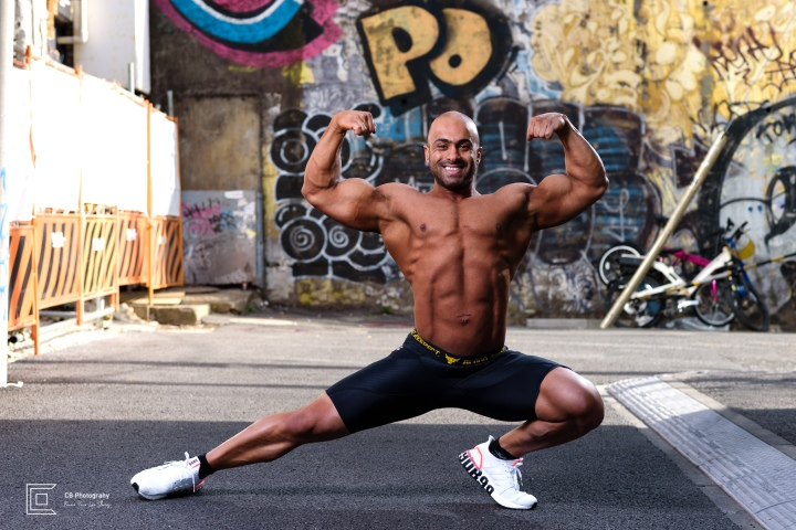Bodybuilder photography by the Tokyo Photographer Cristian Bucur. This pose is also maintained during bodybuilding and fitness competitions.