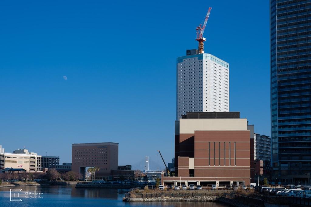 Photograph of Yokohama. In the far back can be seen Yokohama Bay Bridge. Photography by Tokyo Photographer Cristian Bucur