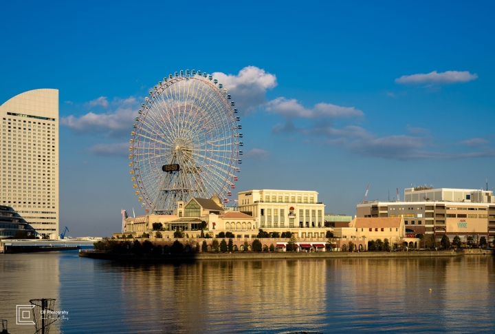 Ferris Wheel and Anniversaire Cafe Yokohama